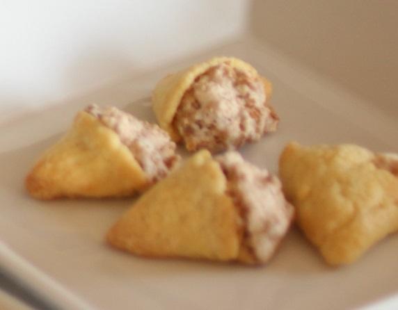 フランス語の本からは珍しい形のクッキー。もう何度もつくうているのですが、このお菓子の構成が好き。