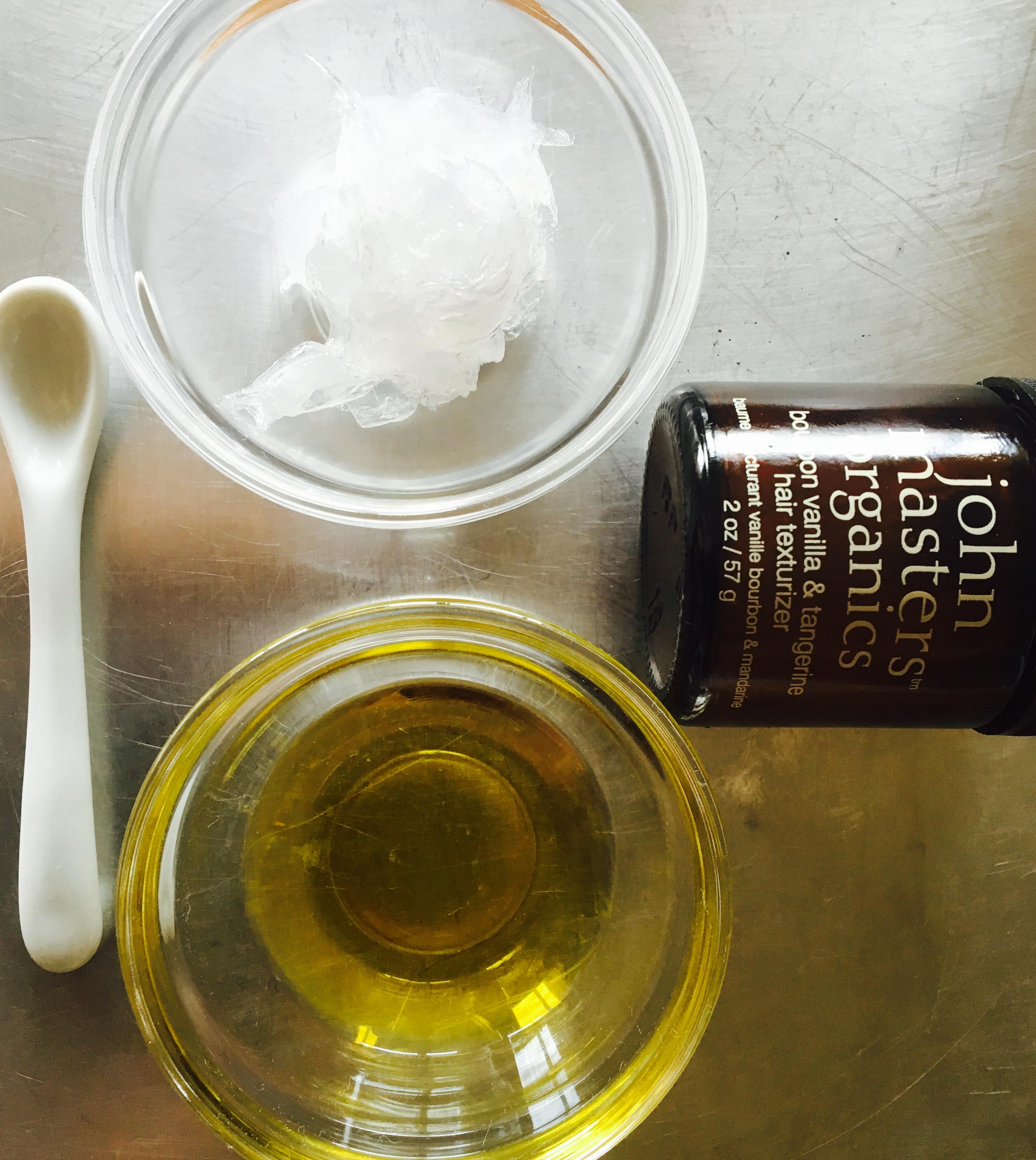 ジョンマスターオーガニックヘアワックス風手作りヘアスタイリング剤の材料オリーブオイルとワセリン